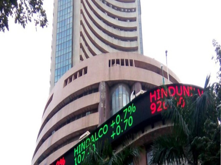 बाजार में इन शेयरों पर रहेगी नजर, आरआईएल, एचडीएफसी, तेजस नेटवर्क जैसे स्टॉक्स में दिखेगा अच्छा मूवमेंट|मार्केट,Market - Dainik Bhaskar