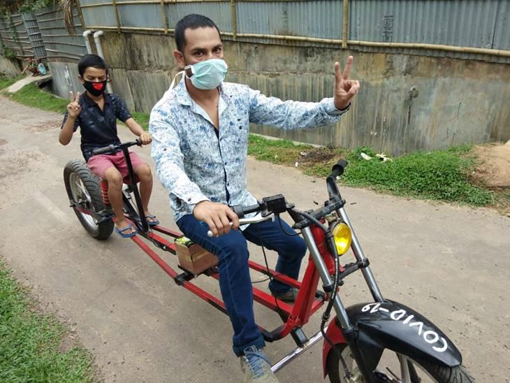 सोशल डिस्टेंसिंग के मायने समझाने के लिए त्रिपुरा के शख्स ने बनाई ई-बाइक, इसमें दो सीटों के बीच है एक मीटर की दूरी लाइफ & साइंस,Happy Life - Dainik Bhaskar