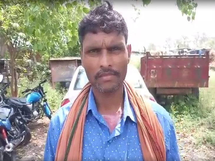 नदी के पास मिली युवक की लाश, अवैध संबंध के चलते हत्या की आशंका|मोकामा,Mokama - Dainik Bhaskar