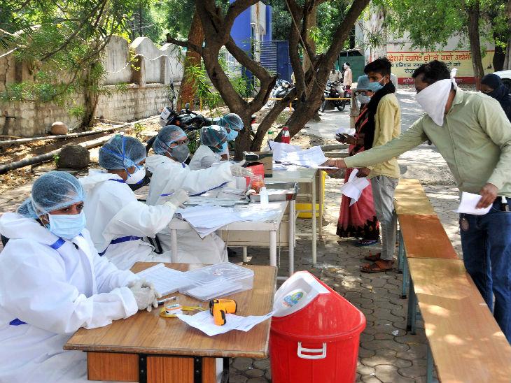 यह भोपाल का एक सरकारी अस्पताल है। यहां सर्दी, खांसी और बुखार के मरीजों के लिए कैम्पस में अलग काउंटर बनाया गया है।
