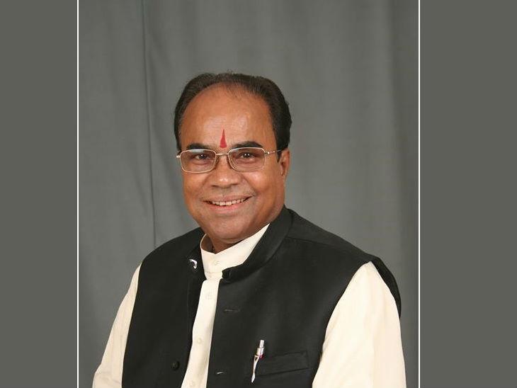 देवरिया से भाजपा विधायक सुरेश तिवारी ने मुस्लिमों को लेकर विवादित बयान दिया। - Dainik Bhaskar