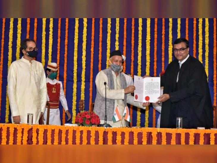 बॉम्बे हाई कोर्ट के नए मुख्य न्यायाधीश दीपांकर दत्ता ने ली शपथ, सीएम उद्धव भी समारोह में हुए शामिल|महाराष्ट्र,Maharashtra - Dainik Bhaskar