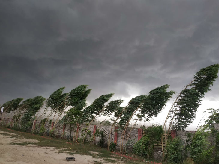 Rain Rajasthan Warning, Weather Today Forecast Today Updates; Hailstorm In  Rajasthan Chhattisgarh, Uttar Pradesh, Jharkhand and Bihar | राजस्थान में  तेज आंधी के बाद ओले गिरे, छत्तीसगढ़ में फसलों को ...