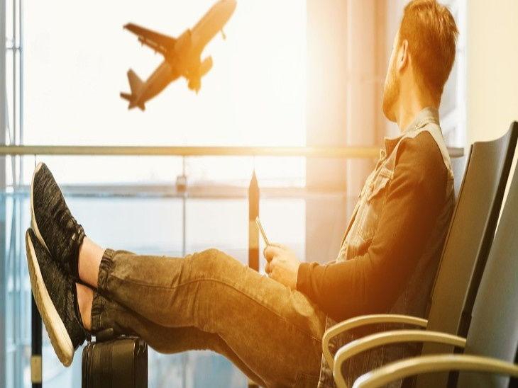 आईएटीए के मुताबिक 2019 की तुलना में अप्रैल 2020 में 80 फीसदी उड़ानें दुनियाभर में रद्द हुईं। - Dainik Bhaskar