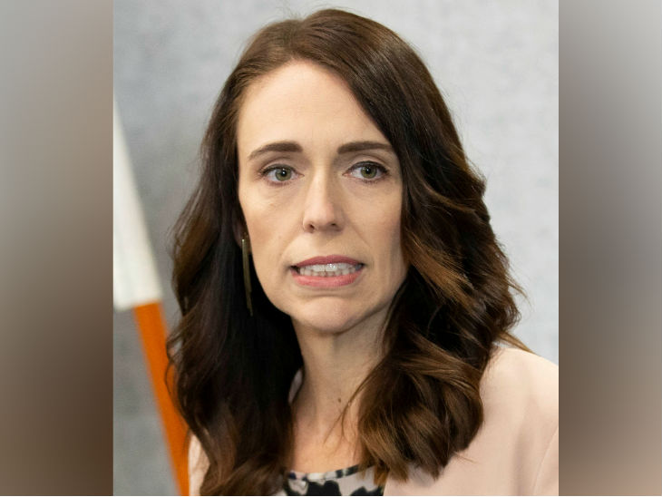 न्यूजीलैंड की प्रधानमंत्री जेसिंडा अर्डर्न ने कहा- माइक्रोसॉफ्ट डेटा सेंटर स्थापित करने के लिए देश में निवेश करेगा।