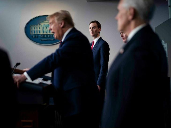व्हाइट हाउस में मीडिया क संबोधित करते राष्ट्रपति ट्रम्प। उन्होंने टास्क फोर्स को खत्म करने की बात कही है।
