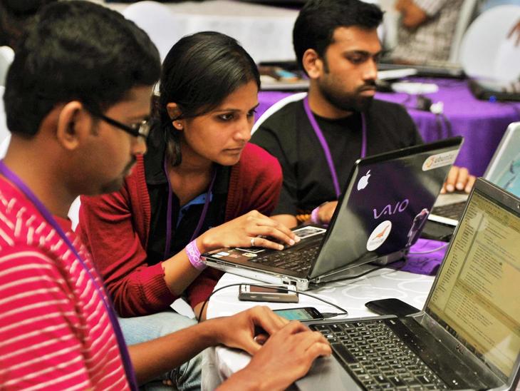 रिपोर्ट के मुताबिक लीक डेटा में स्टूडेंट्स का यूजरनेम, पासवर्ड, लॉगिन डेट, ई-मेल आईडी जैसी कई अहम जानकारियांशामिल हैं। - Dainik Bhaskar