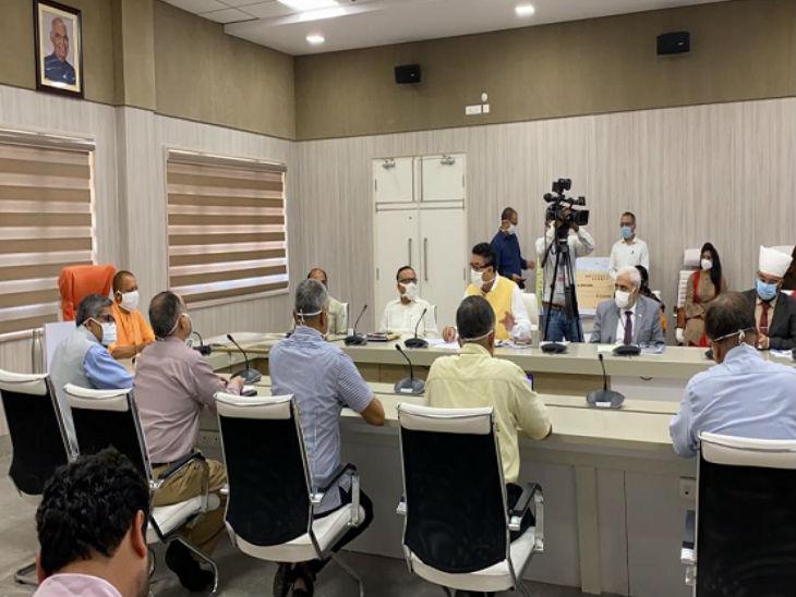 योगी ने एमएसएमई सक्टर को बांटा 2000 करोड़ रुपए का ऋण,  कहा- कामगारों एवं श्रमिकों को बनाएंगे यूपी की ताकत|उत्तरप्रदेश,Uttar Pradesh - Dainik Bhaskar