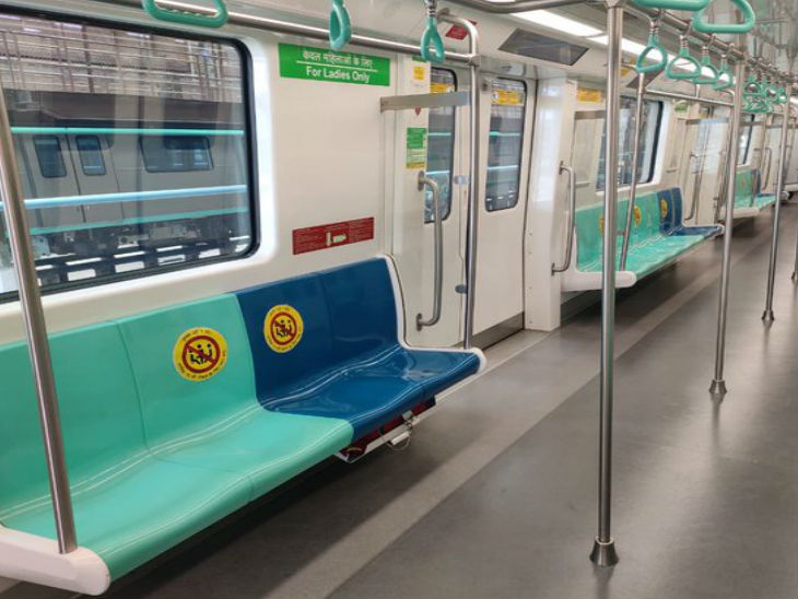 The metro in Noida is fully geared up to serve commuters. One has to travel in the metro with the new guideline. Officials say that operations will be started as soon as the instructions are received from above.