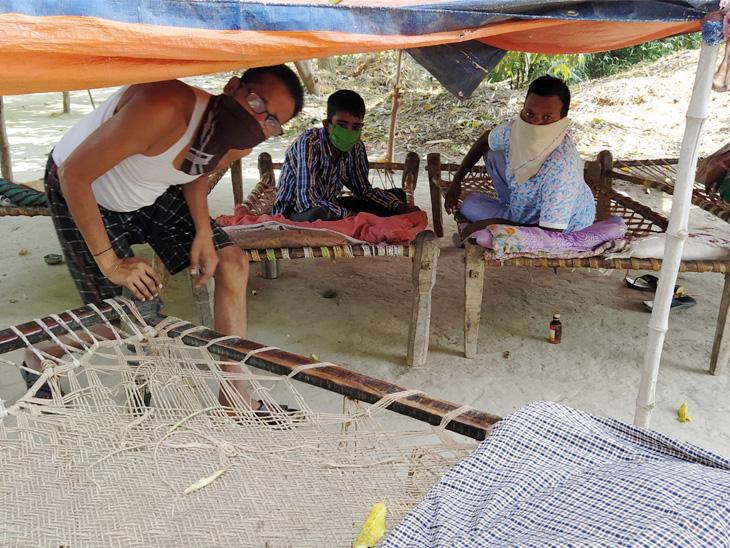 नितिन और उनके साथी कहते हैं कि सरकार यहां रोटी-रोजगार दे तो हम दोबारा बंबई क्यों जाएंगे।