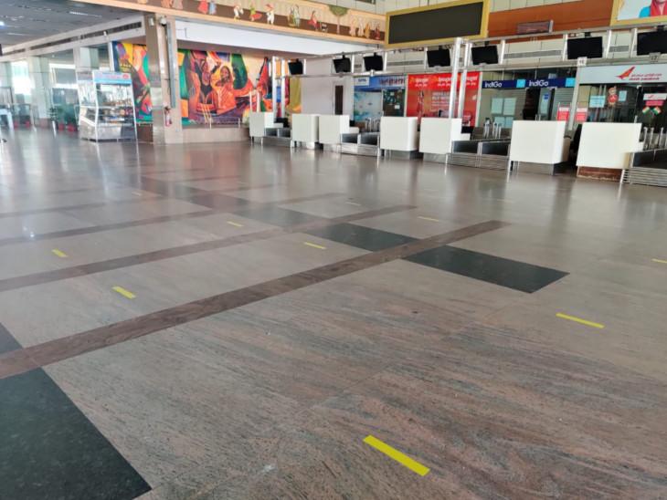 एयरपोर्ट सज-धज कर यात्रियों के स्वागत को तैयार है।