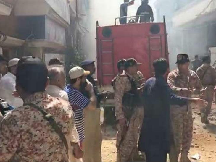 हादसे के बाद पाकिस्तान आर्मी की क्विक रिएक्शन फोर्स और पाकिस्तान रेंजर्स सिंध की एक टीम मौके पर भेजी गई। हेलिकॉप्टर भी रवाना किए गए।
