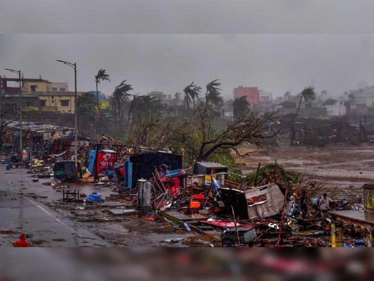 ओडिशा में 3 मई 2019 को फानी तूफान 175 किमी प्रति घंटे की रफ्तार से ओडिशा से टकराया था, उसमें महज 64 लोगों की मौत हुई थी। यह तूफान 1999 में आए सुपर सायक्लोनिक तूफान के बाद 20 सालों का सबसे भयंकर तूफान था