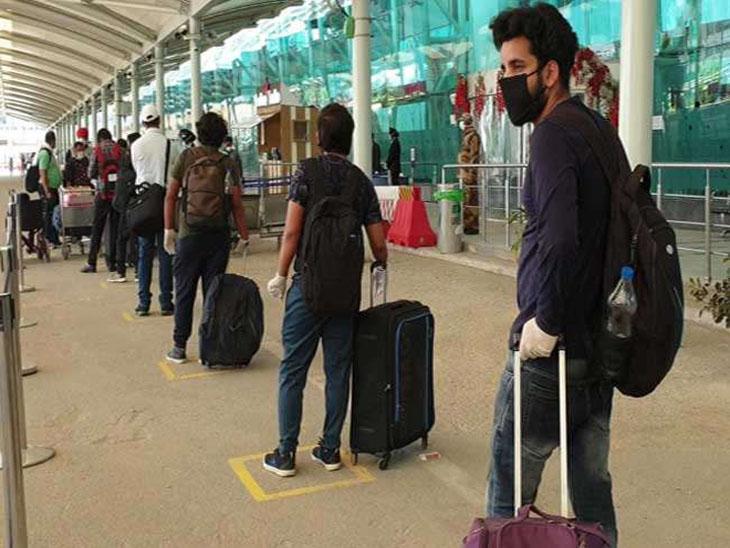 Amritsar (Punjab) Coronavirus Cases Updates | Punjab District Zone Wise Corona/COVID-19 Cases Latest News Today; Amritsar Jalandhar Ludhiana Patiala Faridkot | पंजाब में घरेलू उड़ानें दूसरे दिन भी जारी, तरनतारन में गुरु अर्जुन देवजी के शहीदी पर्व पर पहली बार नहीं लगी छबीलें