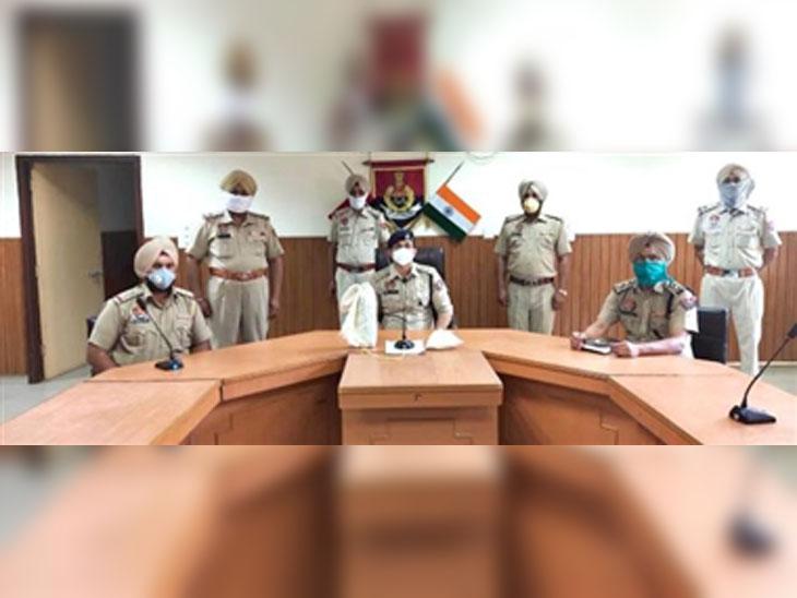 सीमा पार पाकिस्तान से 7 किलो हेरोइन की आने की सूचना मिली, 2 किलो बरामद|देश,National - Dainik Bhaskar