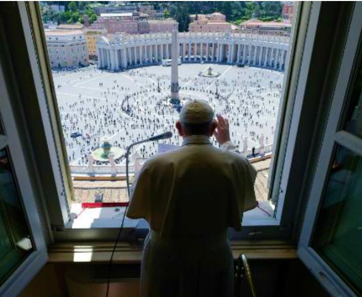 पोप फ्रांसिस ने कहा है कि लोगों को वर्तमान हालात में निराश और हिम्मत नहीं हारना चाहिए। उनके मुताबिक, इस दौर में एकजुटता बेहद जरूरी है। (फाइल)