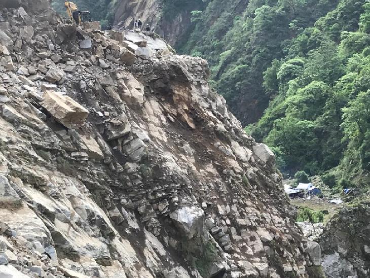 कालापानी से करीब 40 किलोमीटर पहले माल्पा के पास नेपाल ने अपनी सीमा में एक पोस्ट बनाई है।