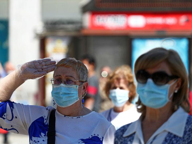 स्पेन में कोरोनावायरस संक्रमण से जान गंवाने वाले लोगों को श्रद्धांजलि दी गई। श्रद्धांजलि देने का कार्यक्रम 27 मई को शुरू हुआ था और यह 5 जून तक यानी 10 दिन चला।