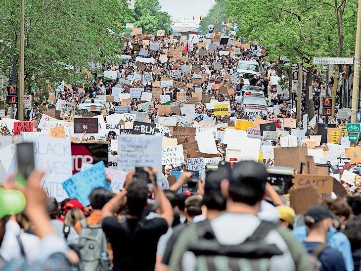कनाडा में प्रदर्शन के दौरान 23 हजार से ज्यादा लोग जुटे थे।