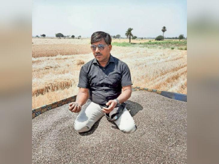 किसान विनोद चौहान। - Dainik Bhaskar