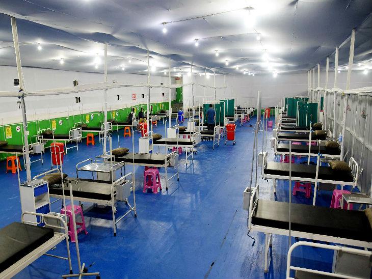 यह तस्वीर पटना के अस्थायी अस्पताल की है। राज्य में संक्रमितों की बढ़ती संख्या को देखकर इसे तैयार किया गया है। पिछले तीन दिन में राज्य में 700 से ज्यादा मरीज बढ़े।