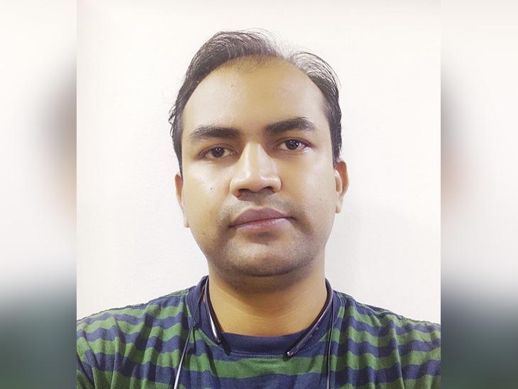 हर्षल नेहटे पिछले आठ सालों से अपनी पत्नी के साथ पुणे में रहते हैं। वह एक निजी कंपनी में नौकरी करते हैं।