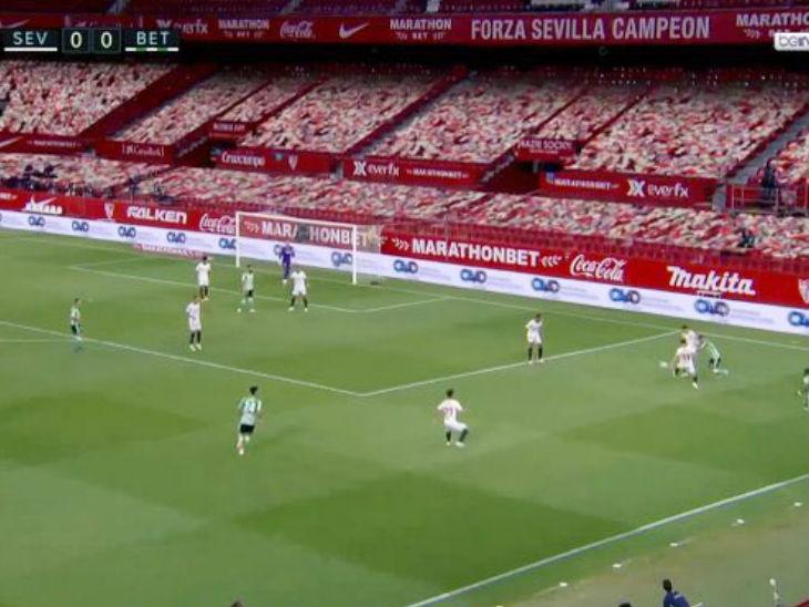 ला लिगा में टेक्नोलॉजी का इस्तेमाल करके खाली स्टेडियम में दर्शकों की मौजूदगी दिखाई जा रही है।
