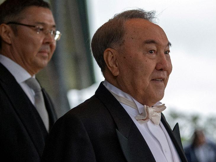 कजाखस्तान के 79 वर्षीय पूर्व राष्ट्रपति नूरसुल्तान नजरबायेव अभी आइसोलेशन में हैं।
