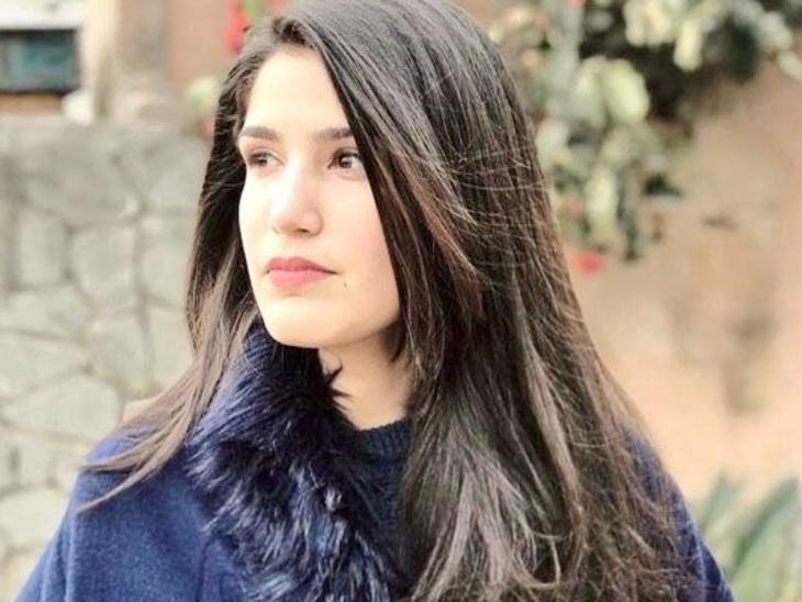 जोहा ने इस्लामाबाद की नेशनल डिफेंस यूनिवर्सिटी से इंटरनेशनल रिलेशनशिप में मास्टर्स डिग्री हासिल की। उन्हें पेट्स पालने का शौक है। वक्त मिलने पर वे अपनी फेवरेट पेट फीमेल जर्मन शेफर्ड के साथ वक्त बिताना पसंद करती हैं।