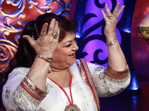 सरोज खान ने कई रिअलिटी डांस शो में बतौर जज बनकर नई प्रतिभाओं को सामने लाने का काम किया है।