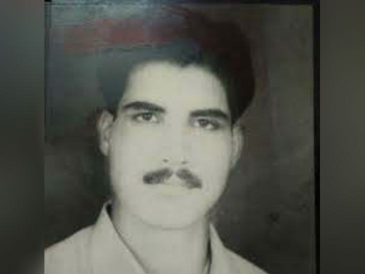 श्रीप्रकाश शुक्ला शार्प शूटर और सुपारी किलर नाम से फेमस था। 1998 में एसटीएफ ने मुठभेड़ में श्रीप्रकाश को मार गिराया।