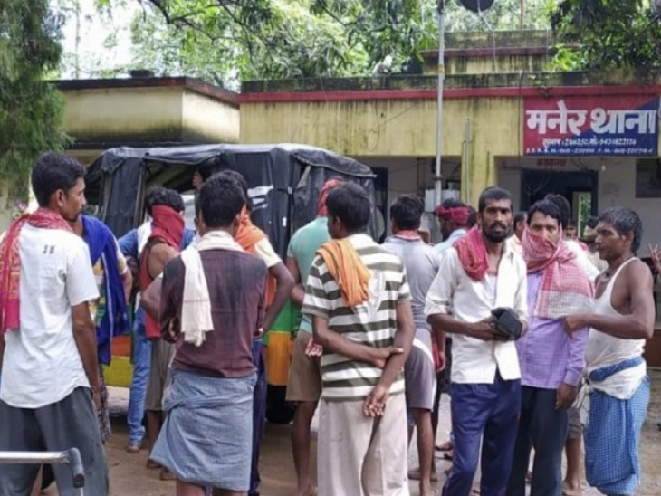 घटना के बाद इलाके में तनाव का माहौल है। मनेर थाने में आरोपी बिदेशी राय के खिलाफ केस दर्ज कराया गया है। - Dainik Bhaskar