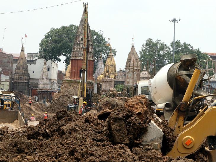 कॉरिडोर का काम अहमदाबाद की कंपनी प्रह्लाद भाई श्रीराम भाई पटेल (पीएसपी) प्रोजेक्ट्स कर रही है। फोटो- ओपी सोनी