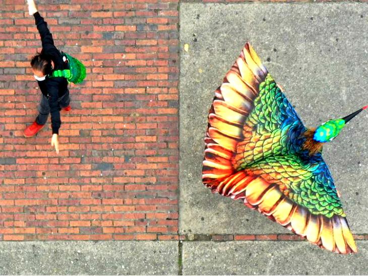 हमिंगबर्ड की तरह रंग-बिरंगे अवतार में सड़कों पर उतरे लोग, पंख फैलाकर सोशल डिस्टेंसिंग का सबक सिखाया|लाइफ & साइंस,Happy Life - Dainik Bhaskar