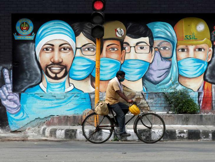 Novel Coronavirus Outbreak In Pictures; Mumbai Dharavi Slum Hyderabad New Delhi Bengaluru Kolkata | भारत में कोरोना के 10 लाख केस, अमेरिका और ब्राजील के बाद कोरोना के सर्वाधिक मामलों वाला तीसरा देश बना