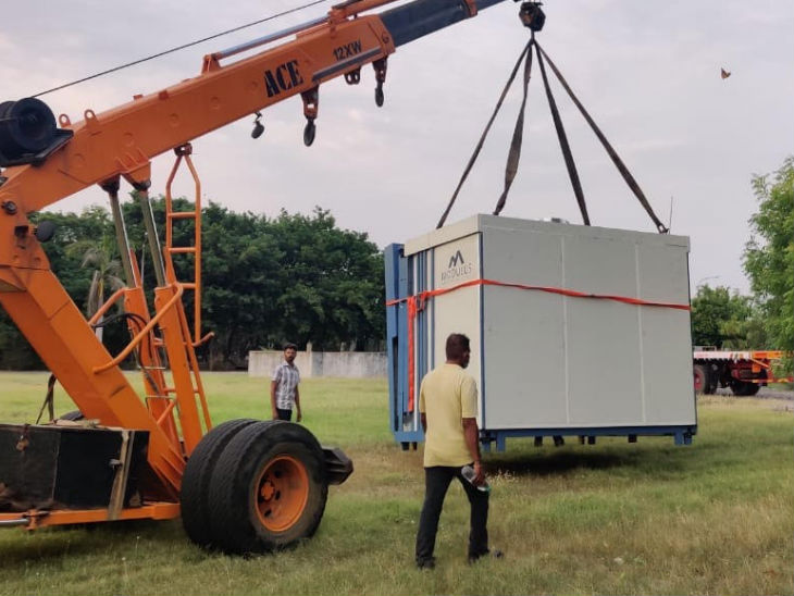 IIT Madras develops a portable portable hospital for corona patient treatment, the hospital to be ready in 2 hours with the help of four persons | IIT मद्रास ने बनाया फोल्डेबल पोर्टेबल हॉस्पिटल, 2 घंटे में तैयार होने वाले इस अस्पताल में स्क्रीनिंग से लेकर आइसोलेशन तक की सुविधा उपलब्ध