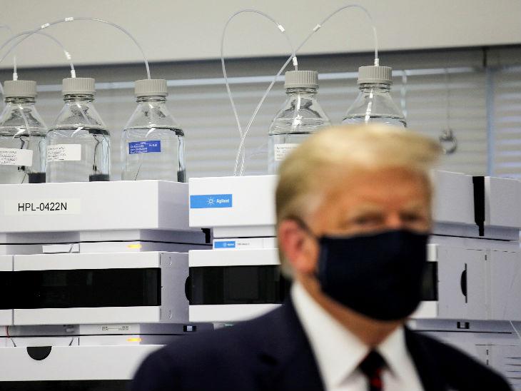 अमेरिकी राष्ट्रपति डोनाल्ड ट्रम्प ने नार्थ कैरोलिना के मॉरिस-विल में वैक्सीन के कम्पोनेंट बनाने वाली बॉयोटेक्नोलॉजी कंपनी का दौरा किया।