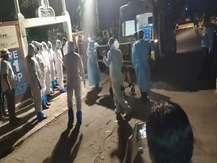 रात 9 बजे से ही लोग कब्रिस्तान पर पहुंचने लगे।