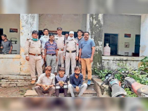 दिल्ली जाने की फिराक में थे अपहरण के 2 आरोपी, इटावा रोड से पुलिस ने दबोचा भिंड,Bhind - Dainik Bhaskar
