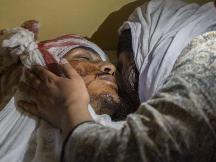 पिछले महीने नॉर्थ कश्मीर के बांडीपोरा में भाजपा के युवा नेता वसीम बारी, उनके पिता और उनके भाई की गोली मार कर हत्या कर दी गई थी।