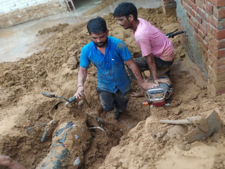 जयपुर डूब गया, सरकार विश्वास मत हासिल करने में लगी रही, स्मार्ट सिटी के दावों की भी खुली पोल राजस्थान,Rajasthan - Dainik Bhaskar