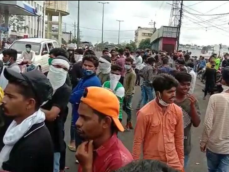हमीदिया अस्पताल में हंगामा; परिजन शव घर ले जाने पर अड़े, पुलिस ने कहा- सीधे श्मशान घाट जाना होगा, बड़ी संख्या में पुलिसबल तैनात|मध्य प्रदेश,Madhya Pradesh - Dainik Bhaskar