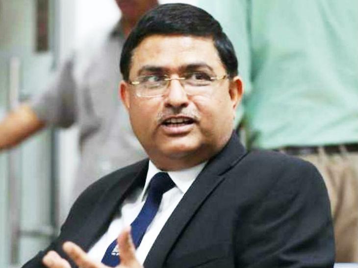 राकेश अस्थाना इस समय ब्यूरो ऑफ सिविल एविएशन सिक्योरिटी (बीसीएएस) के डीजी के रूप में काम रहे हैं। - Dainik Bhaskar