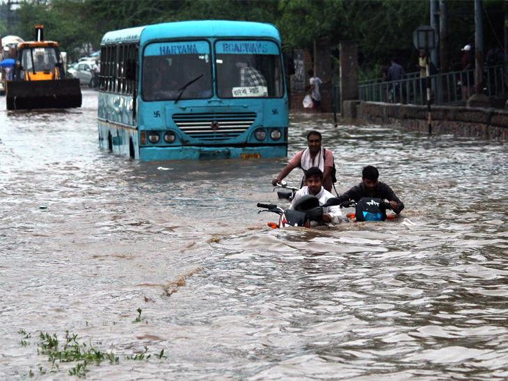 Wednesday's photo is of Delhi-Gurgaon Expressway.