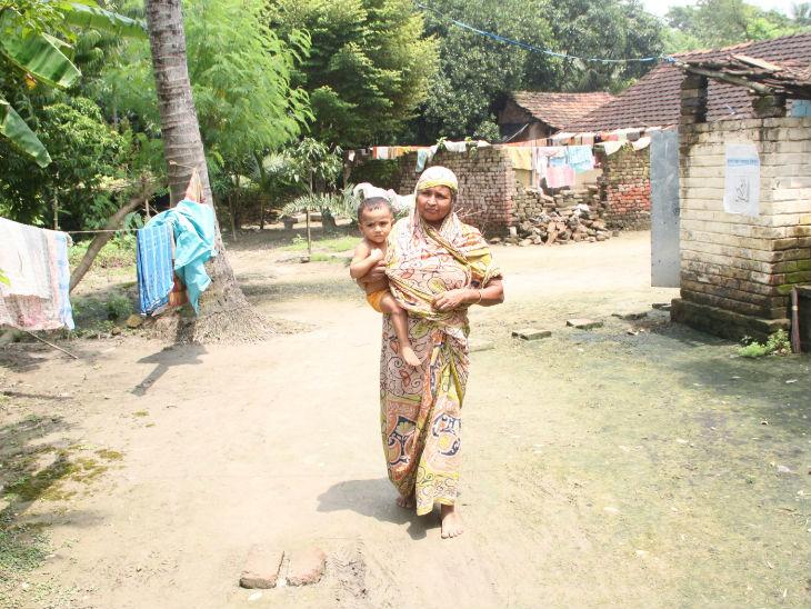 इन गांवों में ज्यादातर लोग कमजोर तबके और कम पढ़े-लिखे वर्ग के रहते हैं। फोटो- संजय दास