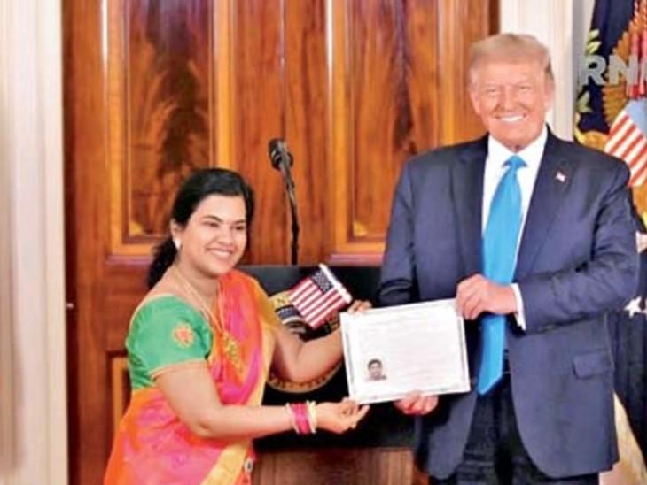ट्रम्प ने भारतीय सॉफ्टवेयर डेवलपर सुधा सुंदरी को अमेरिकी नागरिकता की शपथ दिलाई।