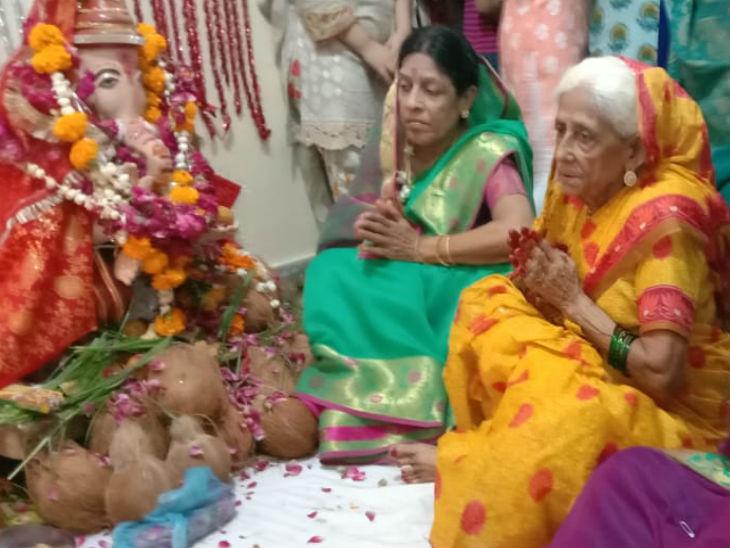 कराची में 800 से ज्यादा मूल कोंकणी मराठी लोग रहते हैं।