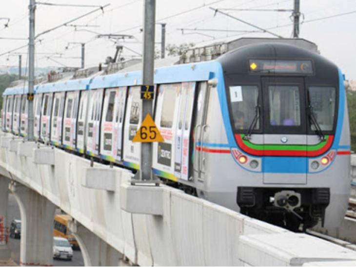 कोरोनावायरस के बढ़ते मामलों से निपटने के लिए मेट्रो सेवाओं को 22 मार्च से बंद कर दिया गया था। -फाइल फोटो - Dainik Bhaskar