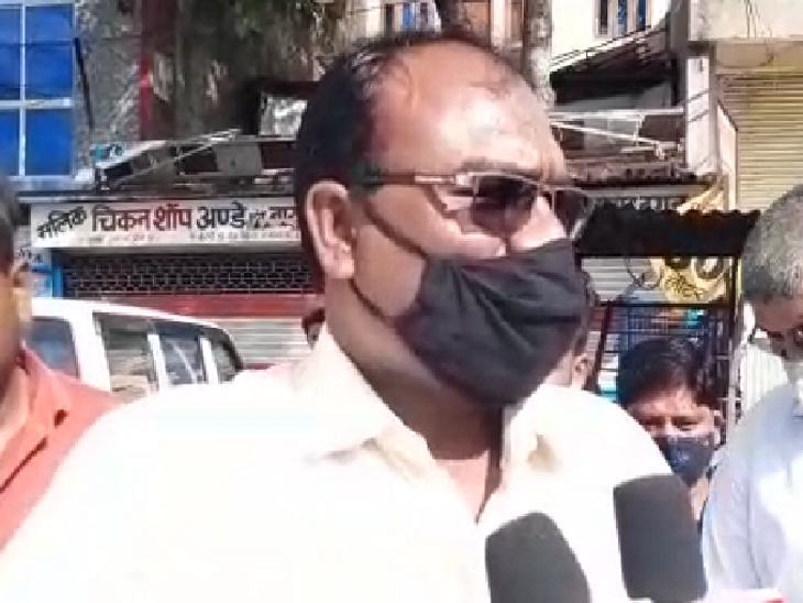 Revenue inspector Lakhan Singh arrived to investigate.