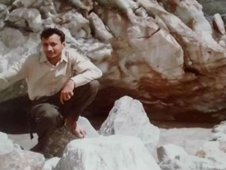 अशोक दिल्ली से अमरनाथ तक 7 बार पैदल जा चुके हैं। वे 23 बार कश्मीर की यात्रा कर चुके हैं।